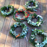 couronne de Noël, couronne de l'avent, décoration noël, un brin de folie, atelier, atelier floral, décoration